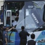 Philippines links Muslim militants to bus carnage