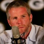 Brett Favre, Jets sued for sexual harassment by ex-team employees