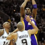 Lakers beat NBA-best Spurs for 7th straight win
