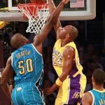 Kobe lifts Lakers to 3-2 lead