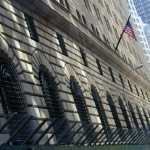 Weak economy, housing weigh on US banks