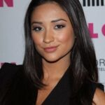 BET's The Monique Show interview with Shay Mitchell (from Pretty Little Liars)on July 7 2011 HQ