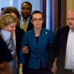 Rep. Gabrielle Giffords in dramatic return for debt vote
