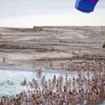 Dead Sea hosts mass nude photo shoot