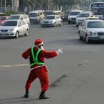 Dancing traffic enforcer in Manila