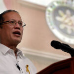 Aquino stops protest trip to disputed shoal
