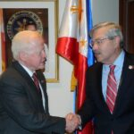 Ambassador Jose L. Cuisia Jr. with Iowa Gov. Terry Branstad at the Philippine Embassy on Wednesday. (Philippine Embassy Photo by Christine Rubio)