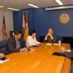 Consul General Maria Hellen Barber De La Vega meets with San Diego Mayor Bob Filner