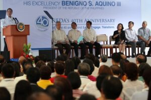 "President Benigno S. Aquino III delivers his message during the National Economic and Development Authority (NEDA) 40th Anniversary Celebration at the NEDA Building in Escriva Drive, Ortigas Center, Pasig City on Tuesday (January 29). This year's celebration has for it's theme: ""NEDA at 40 and Beyond: Lead, Engage, Transform."" Based on the Socioeconomic Report 2010-2012 of NEDA, the government moves closer in achieving its targets in the Philippine Development Plan 2011-2016. NEDA, as mandated by the Philippine Constitution, is the country's independent economic development and planning agency. (MNS photo)"