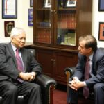 Foreign Affairs Secretary Albert F. del Rosario (left) discusses strengthening PHL-US relations with US House Committee Chairman on Foreign Relations Representative Ed Royce.(Photo by By Embassy of the Philippines, Washington, DC)