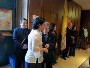 Consul General Maria Hellen Barber De La Vega and Racquel Ramsey with Deputy Consul General Daniel R. Espiritu (behind).