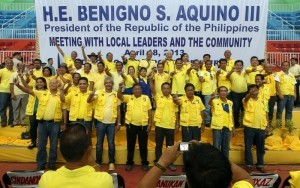 "President Benigno S. Aquino III is joined by the Liberal Party candidates from Zamboanga del Norte Province and Dipolog City, headed by reelectionist Dipolog City Mayor Evelyn Uy, Zamboanga del Norte Gubernatorial candidate former Dipolog City Mayor Roberto Uy, Vice Gubernatorial candidate Dipolog City Vice Mayor Senen Angeles, reelectionist Zamboanga del Norte 2nd District Representative Rosendo Labadlabad, 1st District Congressional candidate Vicente Balisado and 3rd District Congressional candidate Isagani Amatong, flashes the Laban ""L"" sign during the meeting with local leaders and the community at the Dipolog Sports Complex in Barangay Olingan, Dipolog City on Thursday (April 18). LP was founded on January 19, 1946 by Manuel Roxas, the first President of the Third Philippine Republic. (MNS photo)"