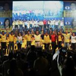 Aquino calls on the Filipinos to vote candidates who will help his administration to improve the country's economy