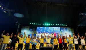 "President Benigno S. Aquino III raises the hands of Team PNoy during the Miting de Avance of the Liberal Party (LP) – Quezon City Chapter at the Amoranto Sports Complex in Barangay Paligsahan, Quezon City on Friday (May 10, 2013). Team PNoy includes Aurora Lone District Representative Juan Edgardo ""Sonny"" Angara, former National Youth Commission (NYC) chairperson Paolo Benigno ""Bam"" Aquino IV, former Akbayan Partylist Representative Ana Theresia ""Risa"" Hontiveros-Baraquel, Senators Alan Peter ""Compañero"" Cayetano and Francis Joseph ""Chiz"" Escudero, former Movie and Television Review and Classification Board (MTRCB) chairperson Mary Grace Poe-Llamanzares, Senator Loren Legarda, former Senators Maria Ana Consuelo ""Jamby"" Madrigal and Ramon Magsaysay, Jr., Senators Aquilino Martin ""Koko"" Pimentel III and Antonio ""Sonny"" Trillanes IV, and former Las Piñas Representative Cynthia Villar. (Photo by: Jay Morales/ Malacañang Photo Bureau)."