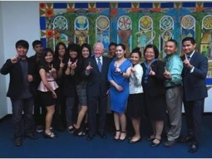 "Photo above shows (6th from left) Ms. Mia Mcleod, Chair of ""We Are One Filipino"", Ambassador Jose L. Cuisia, Jr., (3rd from right) Consul General Maria Hellen Barber De La Vega with officers of the new Youth Organization. (www.philippineconsulatela.org)"