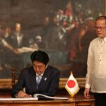 Japan's Abe vows to help PHL amid China row