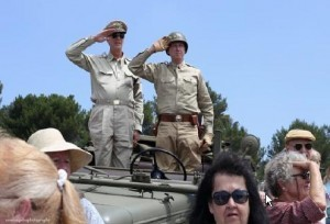 Photo above shows look-alikes of General Douglas MacArthur and General George Patton, Jr.