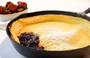 Dutch Baby Pancake with Blueberry Conserva