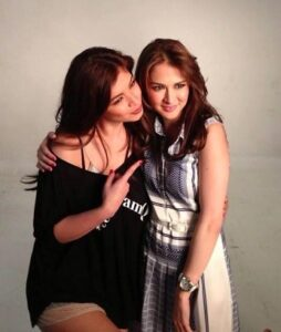 Angel Locsin and Marian Rivera (MNS Photo)