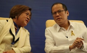 President Benigno S. Aquino III converses with Justice Secretary Leila de Lima during the 8th East Asia Conference (EAC) on Competition Law and Policy at the Mindanao Ballroom, Sofitel Philippine Plaza in CCP Complex, Roxas Boulevard, Pasay City on Wednesday (August 28, 2013). EAC is an open event for key high-level officials of competition agencies in East Asia. EAC participants exchange ideas, views and experiences on emerging regional competition issues; and undertake to strengthen understanding and cooperation with regard to the implementation of competition policy and law across the region. (MNS photo)