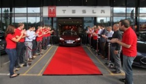 The first Tesla Model S arriving in Norway In the month of September there were 616 registrations of the high-end US-made Tesla S, accounting for 5.1 percent of the total, according to Opplysningsraadet for Veitrafikken(OFV) which compiles data on Norwegian car sales. ©Tesla
