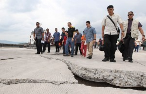 President Benigno S. Aquino III visits Bohol to assess the extent of damages in the quake ravaged province. Bohol is the hardest hit province by the magnitude 7.2 earthquake that struck Central Visayas Tuesday. It is also the strongest tremor that hit the province in the last 400 years. (MNS photo)