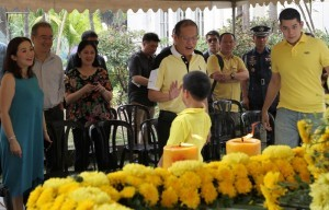 "President Benigno S. Aquino III and his four sisters, visit  the graves of their parents on Wednesday,October 30, 2013, two days before the traditional All Saints' Day commemoration on November 1. The President and his sisters  Viel Dee, Pinky Abellada, Kris Aquino and  Ballsy Cruz attend a Holy Mass at the Manila Memorial Park (MMP) in Parañaque City, where their parents, former President Corazon Aquino and martyred opposition leader Benigno ""Ninoy"" Aquino Jr., are buried. Also in photo are, Joseph Dee and Kris' two sons, Joshua and Bimby. ( MNS Photo )"