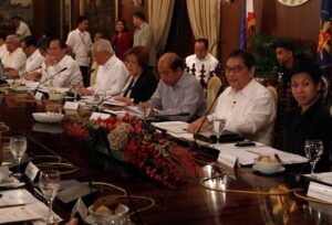 President Benigno S. Aquino III presides over the Cabinet Meeting at the Aguinaldo State Dining Room of the Malacañan Palace on Tuesday (December 10). (MNS photo)