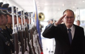 President Benigno S. Aquino III reviews the honor guard during the send-off ceremony at the Ninoy Aquino International Airport (NAIA) Terminal II on Thursday (December 12). To attend the ASEAN-Japan Commemorative Summit in Tokyo, Japan. (MNS photo)