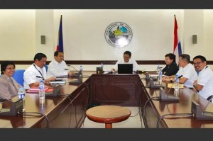 Bureau of Customs OIC-Commissioner John P. Sevilla (center) convenes an Executive Committee meeting immediately after he formally assumed his post last December 9. Among the concerns discussed were the immediate resolution of all non-rice shipments that have been placed on hold by virtue of Alert Orders issued by the BOC and updates on the Customs and Tariff Modernization Act, which is now pending before Congress. Photo shows Sevilla with Deputy Commissioners (from left) Myrna Chua, Jessie Dellosa, Ariel Nepomuceno, Maria Edita Tan, Primo Aguas and Agaton Uvero. Sevilla is the 15th appointee to the top post at BOC since 1987 and the third under the administration of President Benigno S. Aquino. (Photo courtesy of http://customs.gov.ph/)