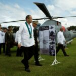 PNoy awards social workers in Yolanda chopper crash
