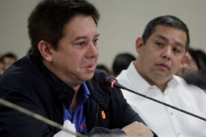 "A teary-eyed Tacloban City Mayor Alfred Romualdez after lambasting the government during a testimony at a Congressional hearing on typhoon ""Yolanda"" that wide out communities in his hometown. Malacañang has since welcomed the appeal for reconciliation of Tacloban City Mayor Alfred Romualdez. (MNS Photo)"