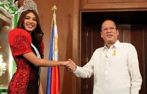 President Benigno S. Aquino III congratulates 2013 Miss Tourism International Angeli Dione Gomez during the courtesy call at the Music Room of the Malacañan Palace on Monday (February 17). Gomez was crowned in Putrajaya, outside of Kuala Lumpur, Malaysia, on December 31, 2013, besting 59 other candidates in the 17th edition of the Malaysia-based pageant. It's a back-to-back title for the Philippines, as Rizzini Alexis Gomez won the title in 2012, and the fourth world beauty title for the country last year. (MNS photo)