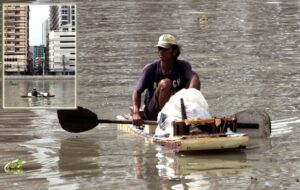 Using an improvised boat, a man collects from the Pasig River assorted recyclable plastic bottles, containers and other floating objects which he sells for a living. Government continues promoting solid waste management nationwide to help protect people and the environment from adverse effects of indiscriminate garbage dumping in waterways and other areas. (MNS photo)
