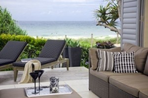 Vacation rentals, notably beachside properties, are becoming increasingly popular. © EPSTOCK/shutterstock.com