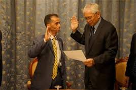 Foreign Affairs Secretary Albert F. del Rosario swore into office Mohammad Al-Jamal as the first Philippine Honorary Consul in Yemen on April 30.(photo courtesy of www.ugnayan.com)