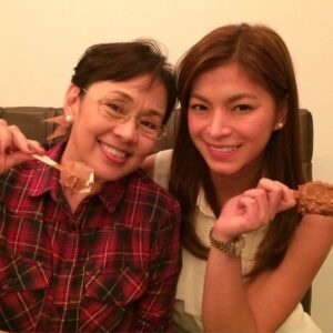 Vilma Santos and Angel Locsin (MNS Photo)