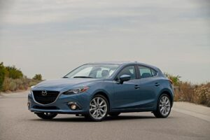 MAZDA3 and MAZDA6 EARN TOP RATINGS IN GOVERNMENT CRASH TESTS.  (PRNewsFoto/Mazda North American Operations)