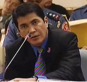 ERWIN  TULFO, talks about network competition in the media. (photo courtesy of http://coolambo.ca/)
