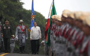 "President Benigno S. Aquino III troops the line during the 72nd commemoration of the Araw ng Kagitingan (Day of Valor) at the Dambana ng Kagitingan, Mt. Samat Shrine in Pilar, Bataan on Wednesday (April 09, 2014). This year's theme is ""Balik-Tanaw sa Sakripisyo ng Beterano, Gabay sa Landas ng Pagbabago"". (MNS Photo)"