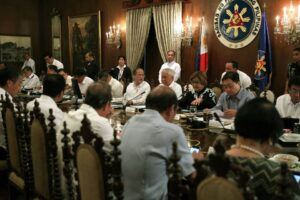 President Benigno S. Aquino III presides over the meeting on Yolanda rehabilitation updates at the Aguinaldo State Dining Room of the Malacañan Palace on Friday (May 16, 2014). (MNS photo)