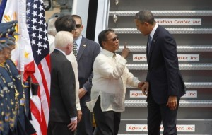 """I will be the next president"" is perhaps what Philippine's Vice President Jejomar Binay is telling U.S. President Barrack Obama as he welcomes the U.S. president upon his arrival at an airport in Manila April 28, 2014. (MNS photo)"