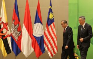 "NAY PYI TAW, Myanmar – President Benigno S. Aquino III, along with Singapore Prime Minister Lee Hsien Loong, arrives for the traditional group photo opportunity during the 24th ASEAN Summit Plenary at the Jade Hall of the Myanmar International Convention Center here last May 11. ""Moving Forward in Unity to a Peaceful and Prosperous Community"" is the theme for this year's ASEAN Summit, highlighting the importance of a united ASEAN. (MNS photo)"
