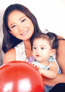 KATRINA Halili with daughter, Katrence (MNS photo)