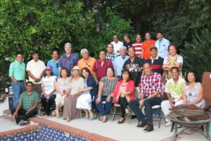 MAKING IT HAPPEN IN FULLERTON:  More than two dozen former Makati residents of Barangay Olympia, some coming out of California, made it happen at their reunion in Fullerton hosted by Nick and Tech Enciso. The weekend gathering towered in significance as some had not seen each other for decades. (Photo by Robert Co)