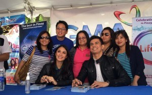 GMA's top primetime stars Tom Rodriguez and Heart Evangelista during the Philippine Independence Day Celebration in New York last June 1, 2014. - See more at: http://www.gmanetwork.com/international/articles/2014-06-02/329/Tom-Rodriguez-and-Heart-Evangelista-Bring-Smiles-to-Fans-in-New-York#sthash.QmFITzwy.dpuf