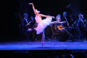 ballerina Christine Rocas  (Philippine Embassy Photos by Elmer G Cato and Majalya Fernando)