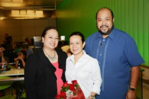 Philippine Senator Grace Poe flanked by Kalayaan 2014 Asst. Secretary Mary Ann Omega (LA Fil-Am Chamber) and President Emeritus of the Filipino-American Chamber of Commerce of Los Angeles and past Kalayaan Chair (2008) and Chairman of the National Federation of Filipino American Associations (NaFFAA Region 9) Noel S. V. Omega during the senator's arrival at Los Angeles International Airport (LAX). Poe was the guest of honor and keynote speaker at the Kalayaan 2014 Grand Ball last Saturday, June 14.