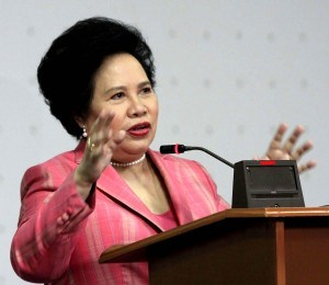"Sen. Miriam Defensor Santiago announces during a press conference on Wednesday (July 2, 2014) that she has been diagnosed with stage four lung cancer. ""God never asks us for an opinion. God just goes ahead and does whatever is in His hands. I just say okay,"" Santiago says. (MNS photo)"