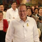 Peach ribbon to counter Aquino's yellow ribbon